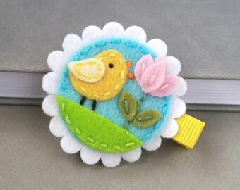 Felt Hair Clip -  Wool Felt -  Alligator Clip - Spring Baby Chic  berrycooldesigns