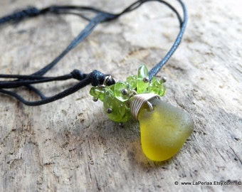 MERMAID  sea glas - Organic  Sea Glass pendant on sterling silver wire and peridot - Genuine Natural Amalfi Sea Glass