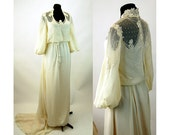 1970s wedding dress gown ivory boho with pearls and lace peasant dress Size M