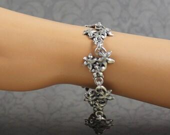 Vintage Sterling Silver Floral Cluster Linked Bracelet