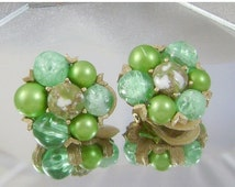 FALL SALE Vintage Bead Earrings Green and Gold