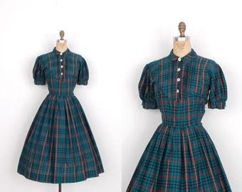Vintage 1950s Dress / 50s Plaid Print Cotton Day Dress / Green (small S)