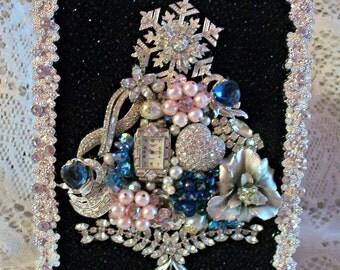 Vintage Jewelry Framed Christmas Tree