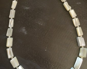 antique Victorian  Mother of Pearl bead necklace Choker shell beads MOP 18 in art decco