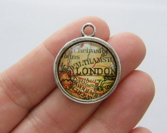 4 London map charms antique silver tone WT125