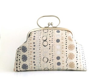 Frame Clutch Bag with Handle - Lined Dots