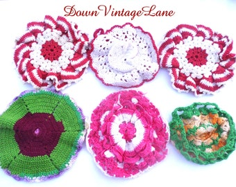 6 Vintage Crocheted Doilies Red Doilies Green Doilies