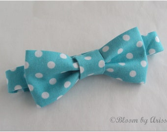 Preppy bow tie collection. Aqua color, white dots bow tie  0-10 yrs. size available