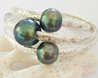 Hawaiian Heirloom Bangle with or without Tahitian Pearl