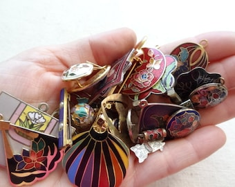 Vintage Jewelry Destash. All Enamel Findings Jewelry and bits. Brooches Earrings and Bigs D5