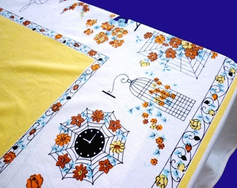 Large 1950s 1940s  Cheery Cotton Table Cloth 60 x 73 - Country Cottage Shabby Chic 50s Vintage Picnic Kitchen Tablecloth