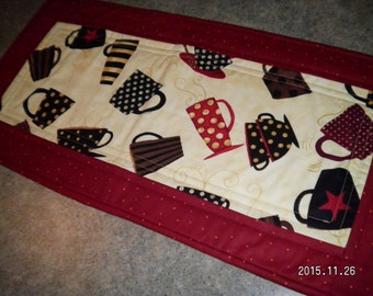 Burgundy Coffee Tea Cups  12  X 25 Table Runner Topper
