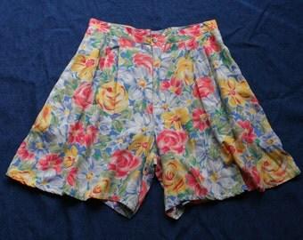 90s Printed Shorts / High Waist Rayon Shorts / Bright Floral printed short / 1940s style Lolita Shorts / Hawaiian Shorts