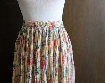 vintage floral maxi skirt / beige and pinks, elastic stretch waist, pleats, full skirt