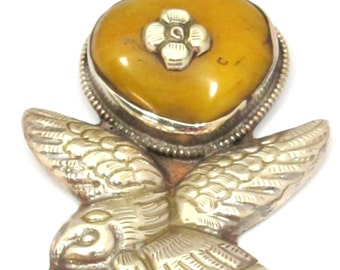 1 Pendant - Large Tibetan copal resin antiqued silver finish Eagle pendant from Nepal - PM448L