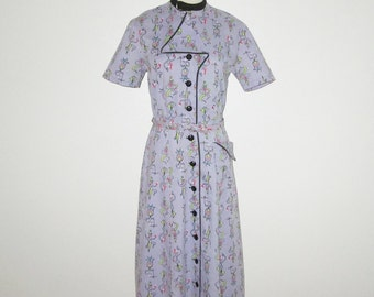 Vintage 1950s Novelty Print Dress/50s Lavender Novelty Print Dress With Cowboys & Gals By A Nancy Frock, Made To Wear Anywhere - Size M
