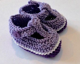 Baby girl gift - t bar shoes - hand knit baby shoes in shades of purple - lilac, plum and white, purple gift bag - ready to ship