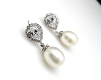 Bridal earrings wedding jewelry christmas party prom bridesmaid gift oval white shell pearl earrings with teardrop cubic zirconia post