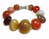 Chain-link Agate Stone Bracelet with Cabochon Natural Stones in Victorian Style Book-link Design - Vintage 60's Costume Jewelry