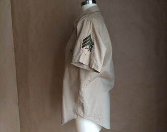 vintage 1980's military shirt / military patches / army dress shirt