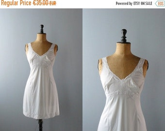 40% OFF SALE // Vintage slip dress. 1960s peignoir. deadstock grey slip dress. negligee. lingerie
