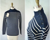 vintage preppy sweater navy and cream stripe sweater / nautical winter pullover / small medium