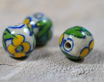Ceramic beads, painted flowers, 12mm, #433