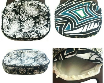 Interchangeable and reversible from paisley to geometric Bermuda bag