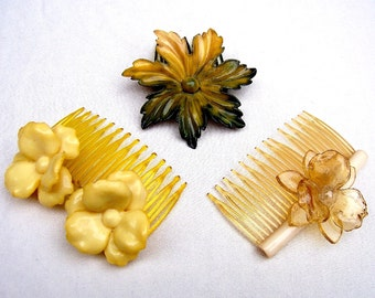 Vintage hair combs 3 celluloid flowers hair accessory headdress headpiece hair jewellery decorative comb