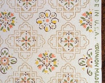 Vintage Wallpaper - Yellow Green Peach Geometric Flowers 1940's - 1 Yard