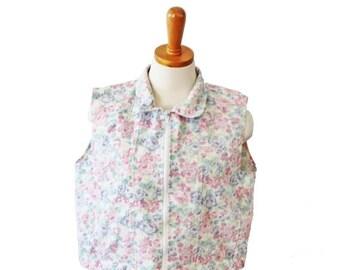 30% off sale // Vintage 90s Sleeveless Crop Vest Flower Denim Top - Women Large Jeans Wear