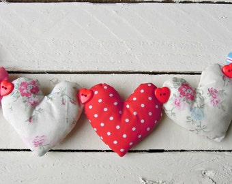 Heart Garland Pretty Cream Floral/Pink / Blue/ Red