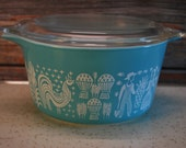Vintage 473, Perfectly Imperfect One Quart Pyrex Amish Butterprint Covered Casserole, Excellent Condition