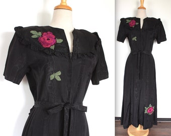 Vintage 1930's Dress // 30s Black Moire Taffeta Hostess Gown with Pink Embroidered Flowers // Evening / Dressing Gown with Ruffled Yoke
