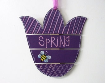 Purple Tulip Flower with Bumble Bees, Tole or Hand Painted, Slat Flower, Spring Decoration, Hanging Decor, Door Hanger, Wood Wall Hanging
