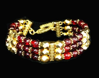 Red Garnet Bead Bracelet - Goldtone Faceted Beads - Vintage January Birthday Birthstone - Gemstone Retro 1980's - 1990's Jewelry