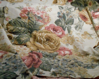 Vintage Fabric Cotton Shabby Cottage Roses Remnant Craft Supply