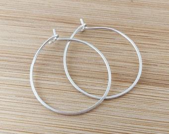 Sterling Silver Hoop Earrings. 1 Inch. Small Hoops. Shiny Smooth Hoops. Simple Metal Hoop Earrings. Circle Earrings. Delicate. Everyday Hoop