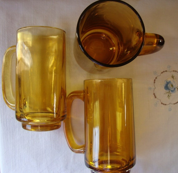 Vintage Glass Mugs 88