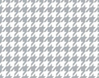 Grey and White Geometric Houndstooth Flannel, 1 Yard
