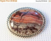 Sale 20 Vintage pink picture jasper oval cameo style brooch pin.