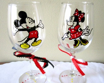 Hand Painted Glass MIckey Mouse and Minnie Mouse Wine Glass