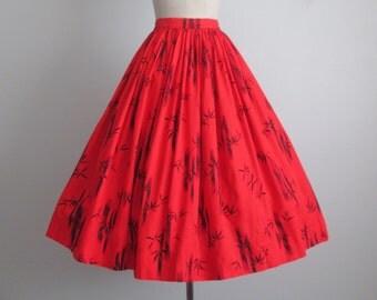 50's Bamboo Print Skirt // Vintage 1950's Red Novelty Bamboo Print Cotton Full Skirt XS
