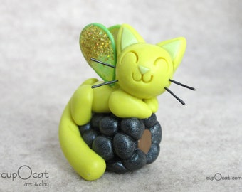 Blackberry Kitty Fairy - A lemon yellow fairy cat with green and gold wings - polymer clay cat figure, kitty figurine, gift for cat lover