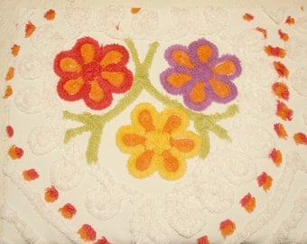 Bright Flowers Plush Vintage Chenille Bedspread Fabric Piece - 31-inch x 19-inch Piece with 6 Flowers