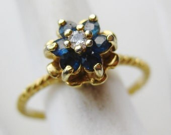 Vintage Ring Gold Vermeil Sterling Silver CZ Jeweled Cocktail Ring size 7 1/4