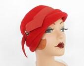 Vintage cloche hat, red Velour 1960s