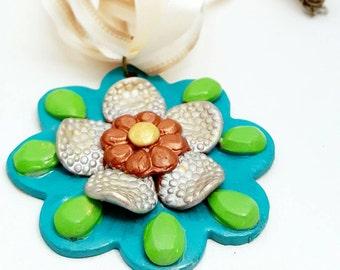 Flower Necklace ~