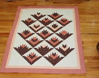 Pieced throw quilt vintage hibiscus pattern pink purple white reversible