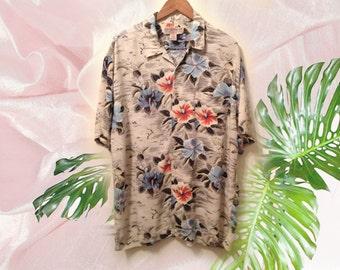 90s Tropical Hawaiian Floral Hibiscus Print Rayon Men's Short Sleeve Summer Shirt size XL